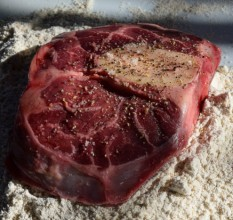 Benefits of Cooking With Grass Fed Beef Bones